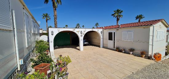 : 2 bed, 1 bath mobile home for sale in Las Mimosas
