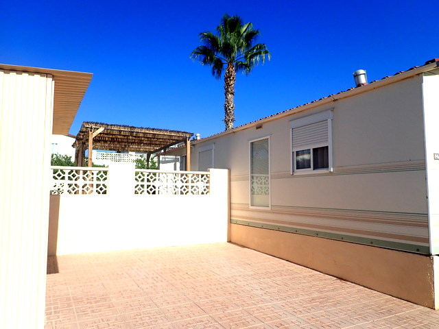 2 bed, 2 bath mobile home for sale in Las Rosas