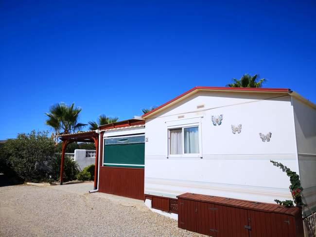 2 bed, 1 bath mobile home for sale in Las Bouganvillas