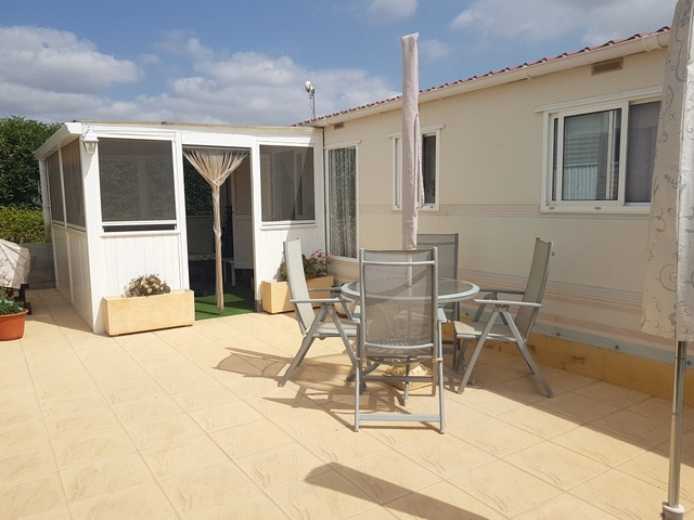 2 bed, 1 bath mobile home for sale in Los Carrascos